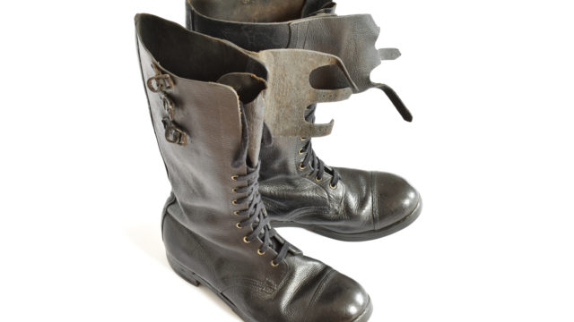 Despatch rider boots