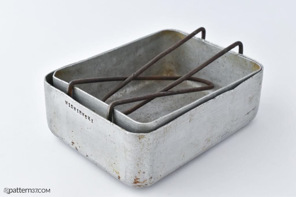 Aluminium mess tins