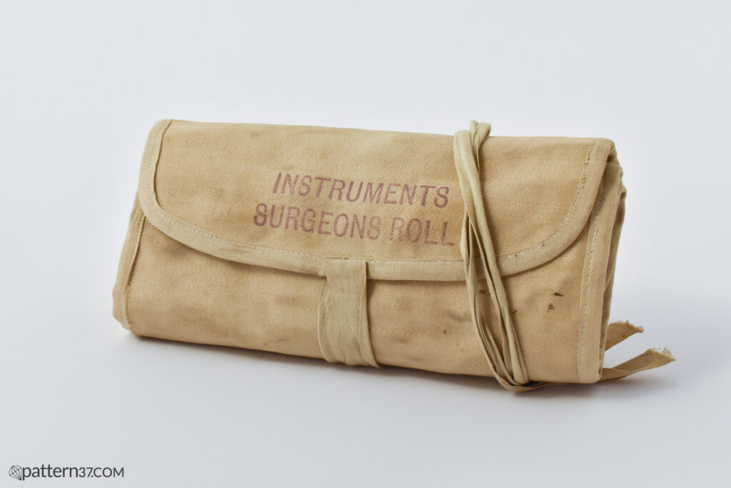 Instruments surgeons roll