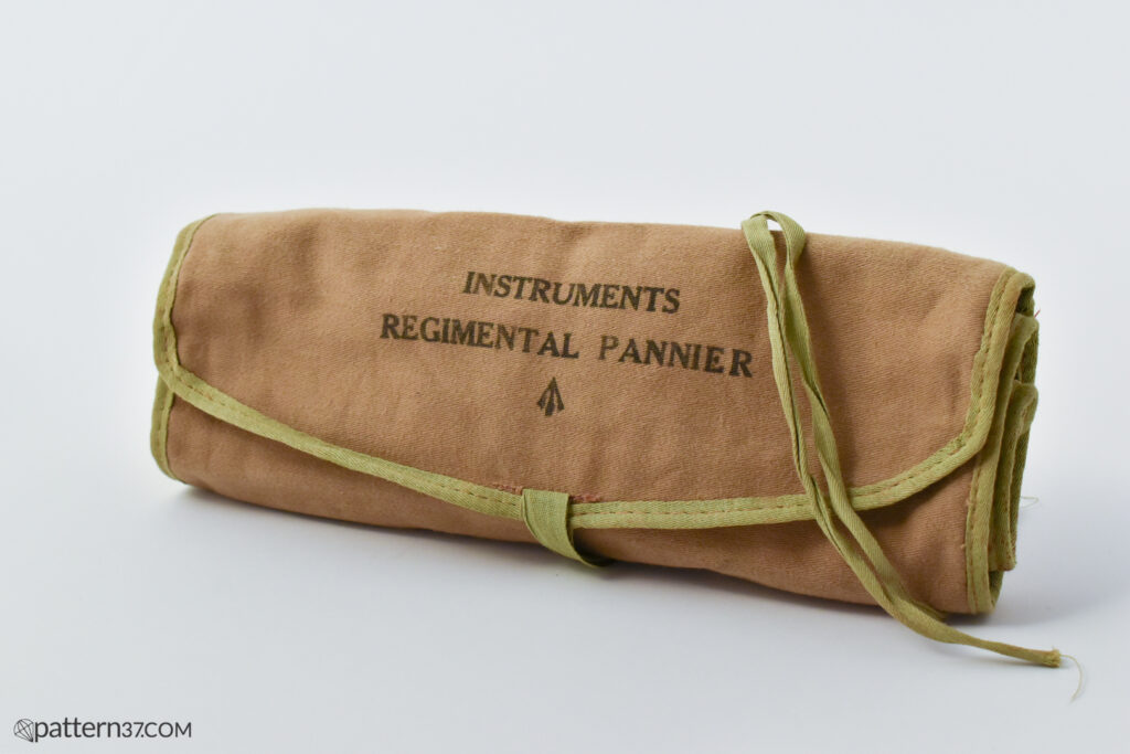 Instruments regimental pannier roll