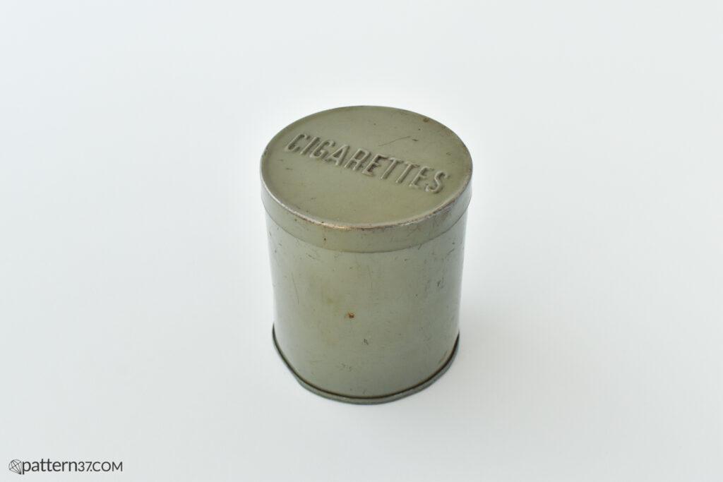 Cigarettes tin